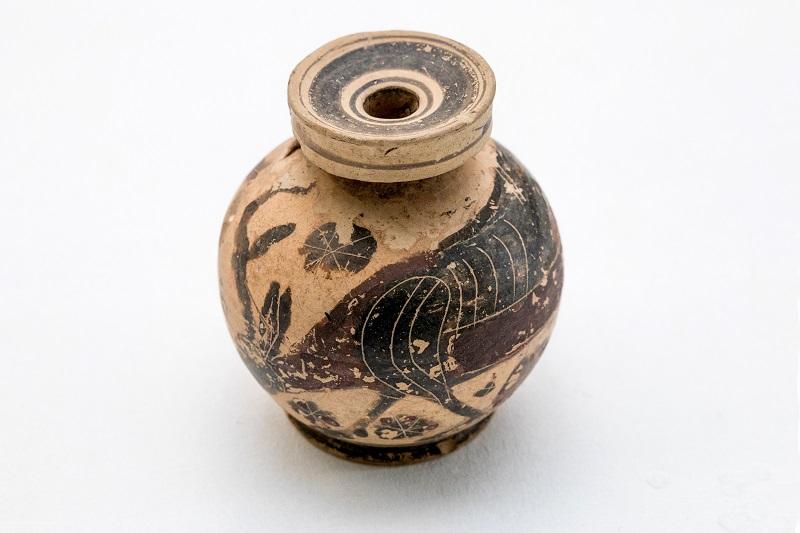 Арибалл - сосуд для масла. Древняя Греция (Коринф), VI в. до н.э. Глина