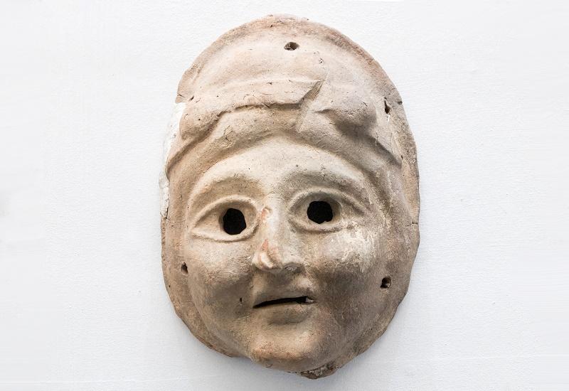Театральная маска. Древняя Греция, I в. до н.э. - II в. н.э. Глина